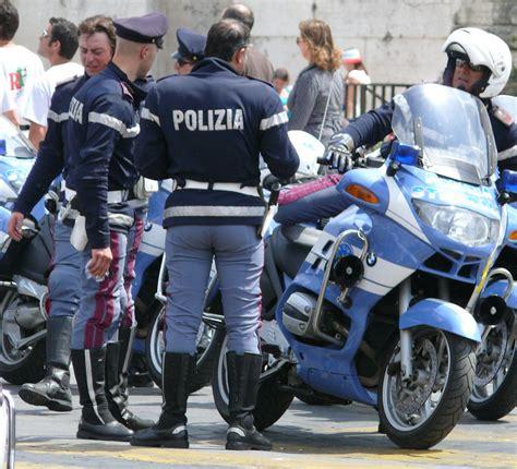 by the polizia di stato italian state police taken at a polizia police italian and girls on pinterest