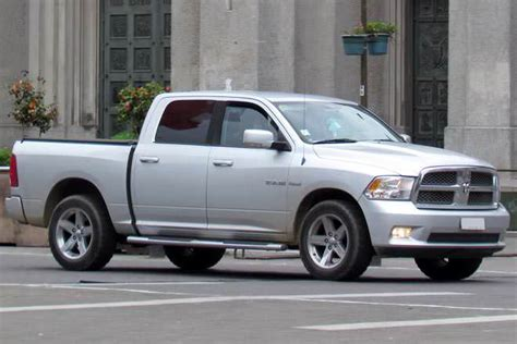 new difference between ram 1500 crew cab and cab crew cab vs cab difference and comparison diffen