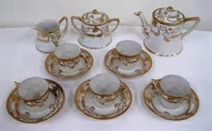 Hand Painted Nippon Vase Hand Painted Nippon Tea Set Lot 187