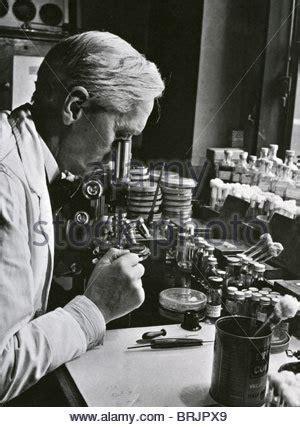 alexander fleming 1881 1955 artifact free sir alexander fleming 1881 1955 was a scottish biologist