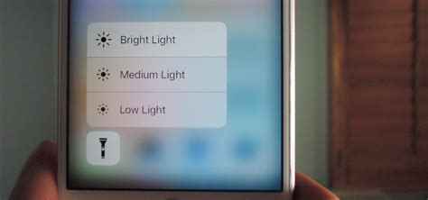 how to turn on your iphone flashlight iphone 6 5s