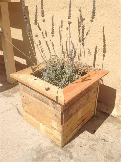 recycled diy pallet planter box pallet furniture diy