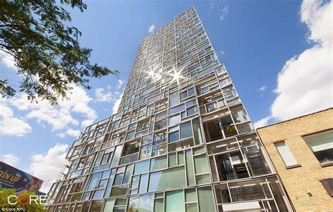 100 Floors Level 75 Tower by Kelsey Grammer Lists Nyc High Rise Apartment For 9 75m