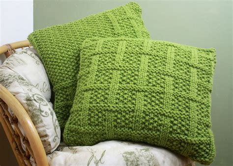 easy knit cushion cover knitting pattern 003 square lattice pattern cushion covers