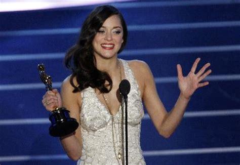 oscar best actress marion cotillard marion cotillard wins oscar for best actress