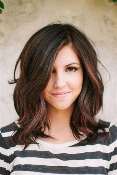 medium length haircuts for 20s 17 best ideas about shoulder length cuts on pinterest