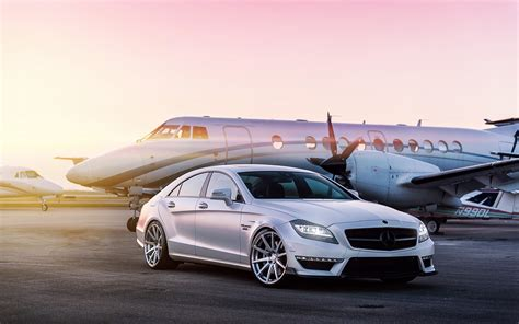 Airport Transportation Service by G E T Transportation From To Airport Black Car Service