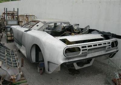 bugatti eb110 crash wrecked cars exotics imports domestics bikes bugatti eb110