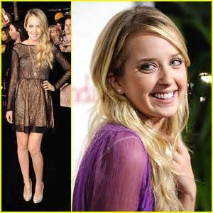 megan park ashley tisdale megan park the descendents premiere pretty megan park
