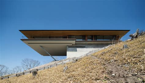 cantilever house kidosaki architects studio cantilevers house in