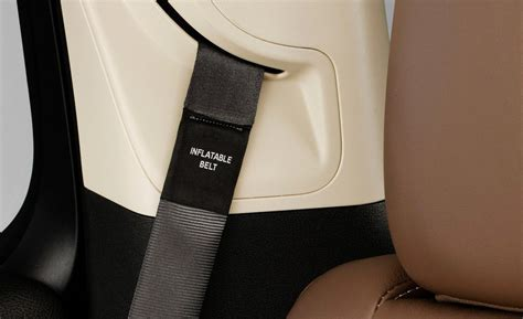 inflatable seat belts car and driver