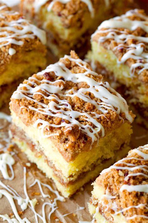 cinnamon crumb coffee cake crumb cinnamon roll coffee cake