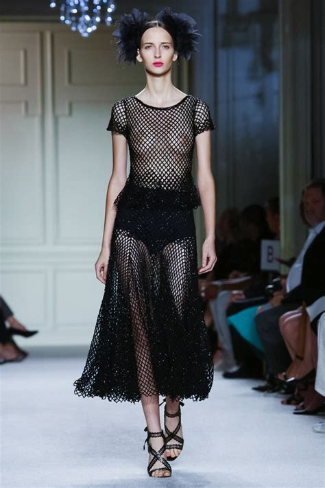 Is Ready For Fashions Big by Marchesa Summer 2016 Ready To Wear The