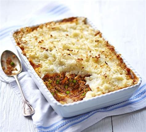 cottage pie cheese beef lentil cottage pie with cauliflower potato