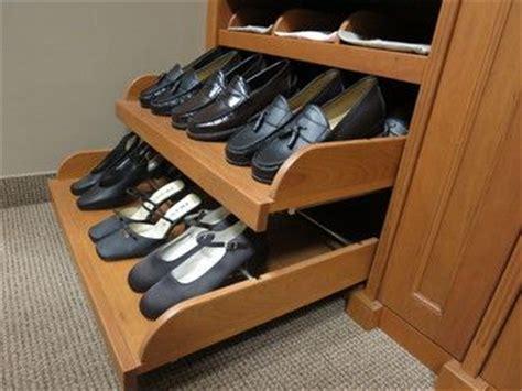 organizador de zapatos en el closet organizacion