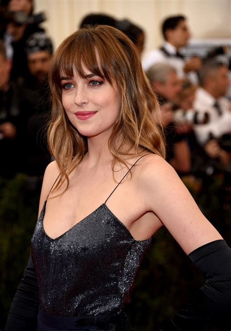 how to get bangs like dakota johnson is ombre over david stanko breaks down fall s trendiest