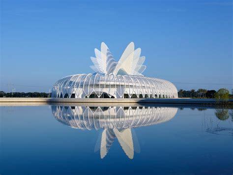santiago calatrava the world s most hated architect co