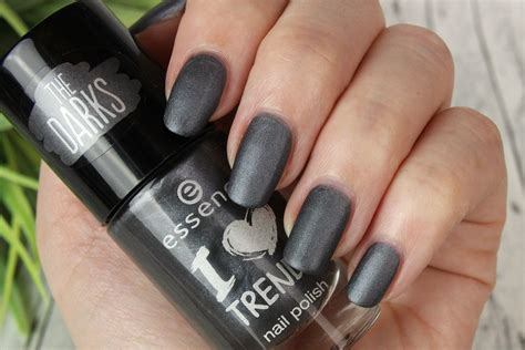 matter nagellack dm essence quot the darks quot nail herbst winter 2015