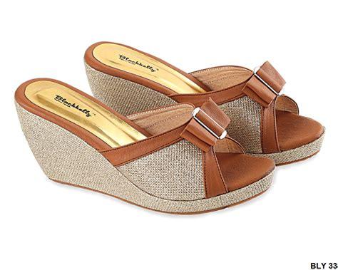sepatu wedges terbaru pu pvc sol karet coklat gudang fashion wanita