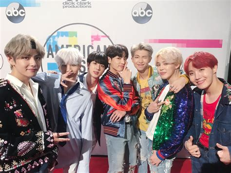 bts on ama stars show support for bts and their 2017 amas performance