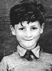 John Lennon's childhood Photos (53 Photos) – The Beatles