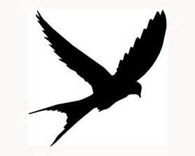 Flying Blackbird Outline by Birds Flying Silhouette Clipart Best