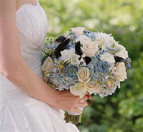 alda's maine weddings & celebration flowers