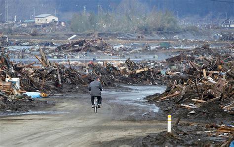imagenes extrañas en tsunami japon im 225 genes del terremoto en jap 243 n 11 3 2011 d 237 a 3 blogodisea