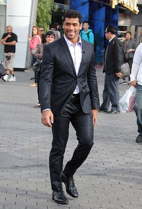 russell wilson shaved head styles 1000 images about sports on pinterest