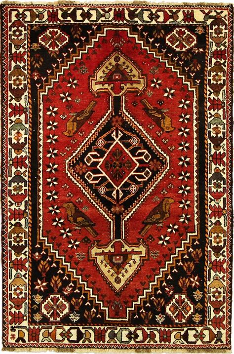 qashqai rug 189 best images about qashqai medallion on carpets wool and auction