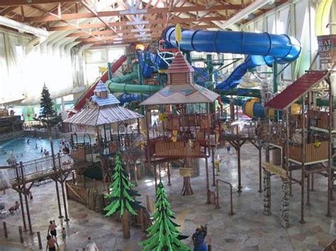 the indoor waterpark picture of great wolf lodge