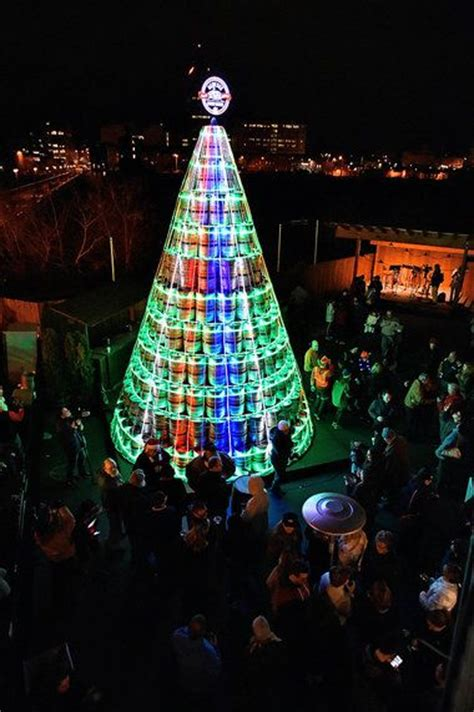 400 beer keg christmas tree in rochester photos video