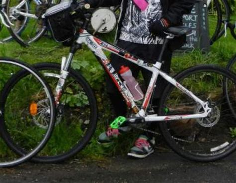 stolen trek 6300 mtb, 2009 model, rock shox forks