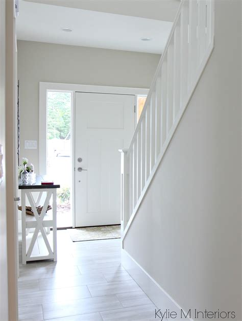 Dove Grey Kitchen Cabinets benjamin moore edgecomb gray or greige in entryway foyer