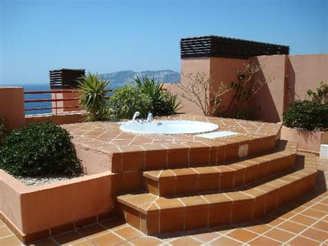 terrassen whirlpool terrasse avec photo de almunecar playa spa hotel