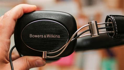 best earbuds 2013 yahoo bowers wilkins p7 review cnet