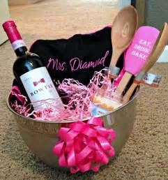 bridal shower gift basket ideas all things bridal shower present