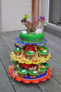 Boys dinosaur birthday cakes 4yr old boys dinosaur birthday cakes boys