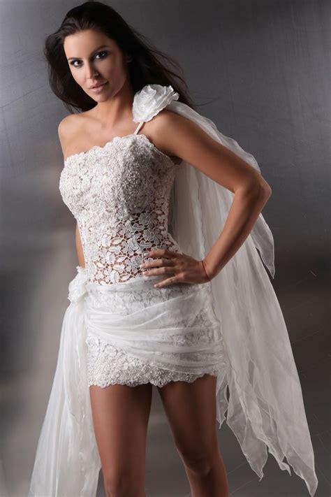 Extravagante Brautkleider by Extravagantes Brautkleid Mit Transparenter Spitze
