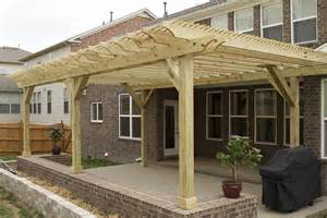 Whats A Pergola by What S The Difference Between A Pergola And An Arbor
