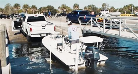 how to launch a boat by yourself easiest way to launch and load a boat by yourself video