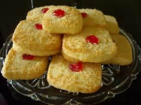 biscuits the biscuit barrel