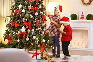 Pre Decorated Christmas Tree Top Tips For Christmas Tree Decorating Acta