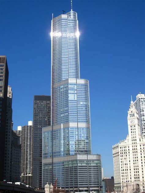 trump tower chicago il chicago pinterest fabulously broke in the city new chicago trump tower