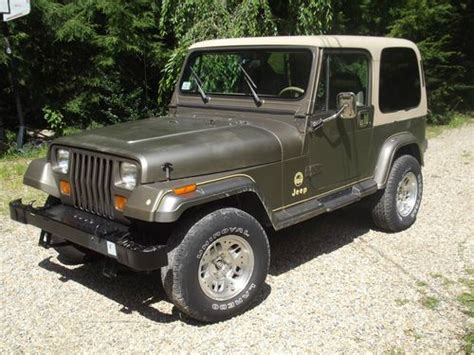 jeep sahara green find used 1990 jeep wrangler sahara sport utility 2 door 4