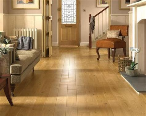 solid hardwood flooring vs laminate