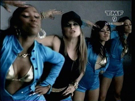 My Lovely Goldenbleu Humps by I Black Eyed Peas My Humps Imagens E Letra