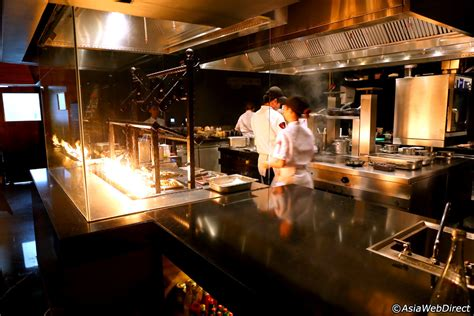 what is grill room the district grill room marriott s park sukhumvit bangkok thailand
