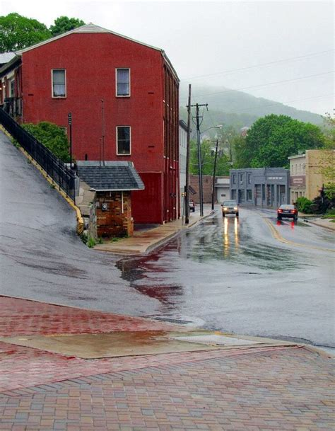 bed and breakfast staunton va up and down in staunton virginia virginia pinterest virginia