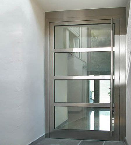 Exterior Metal Doors With Glass Best 25 Modern Exterior Doors Ideas On Modern Front Door Modern Door And Modern